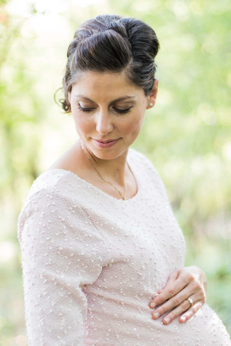 Entspannte Schwangere - Entbindungsmöglichkeiten